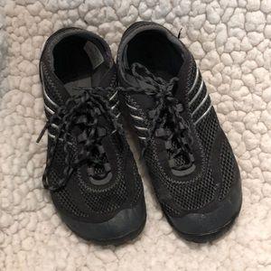 Merrell Barefoot Pace Black Vibram sole 7.5 EUC